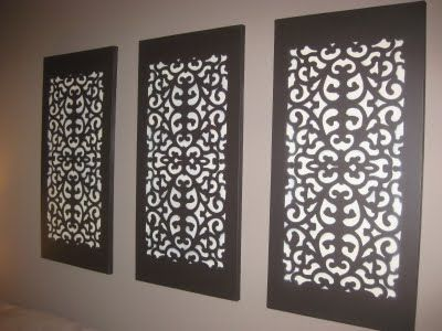 Easy wall decoration: 1. Paint canvas 2. Rubber doormat - place it over the canvas and spray over 3. Remove the doormat to reveal this beautiful artwork DIY... easy