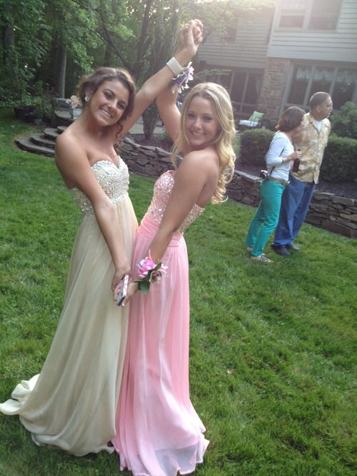 Need a picture like this with my best friend when getting ready for prom---would you do it @Samantha shutler?