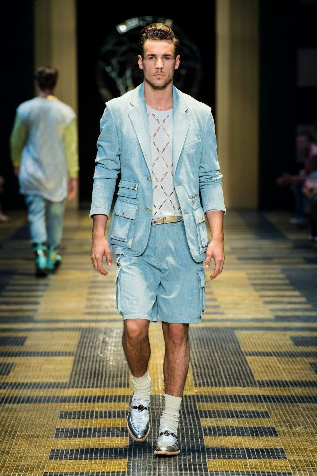 VERSACE MEN'S FASHION SHOW! For Spring/Summer 2013.