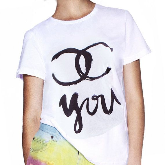 #chouettefashion #fashion #chaneltshirt #look #streetfashion #londonlook #fashionable T-shirt Chouette You Chouette Fashion by ChouetteFashionStore