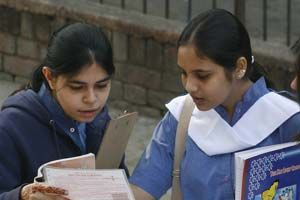 CBSE class 10 results 2015: CBSE result delayed, to be announced on May 28; check cbse.nic.in, cbseresults.nic.in