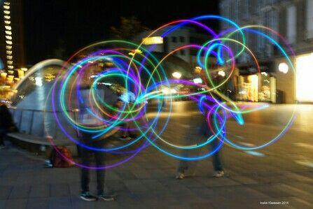 Light poi spinning. Photographer: Ineke Klaassen.