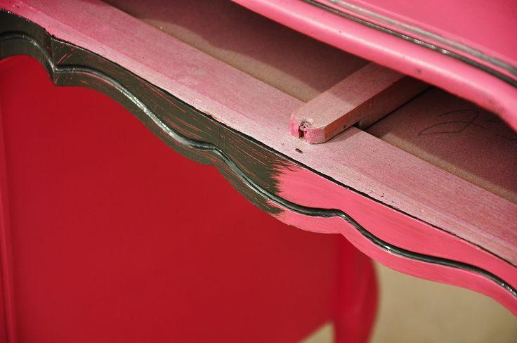 Refinished Pink Desk {Tips and Tricks}