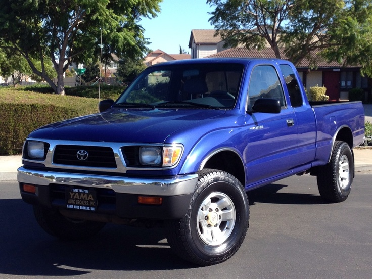 1997 Toyota Tacoma 4x4 Xtra-Cab LX V6 *Low Miles* Stick Shift *CLEAN* - $8990 (fremont)