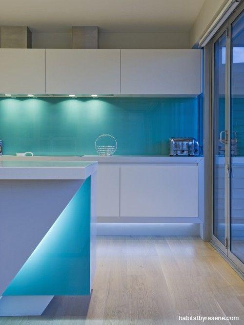 turquoise glass splashbacks - Google Search