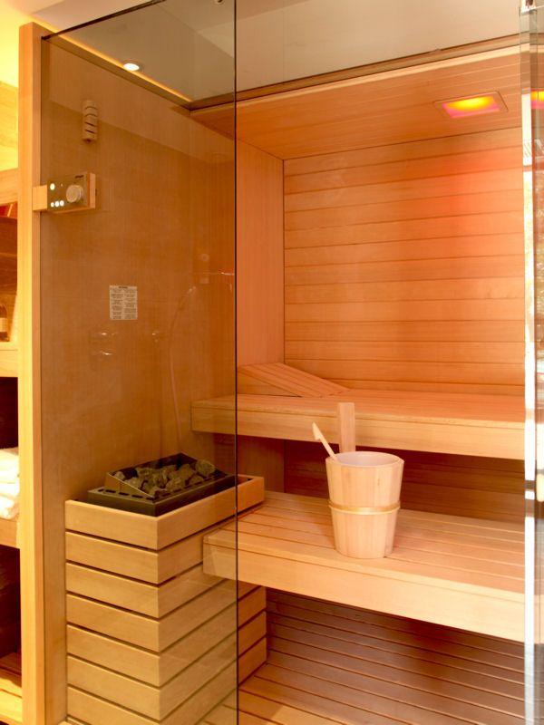 17 meilleures id es propos de salle de bain jacuzzi sur pinterest recycl - Hammam exterieur bois ...