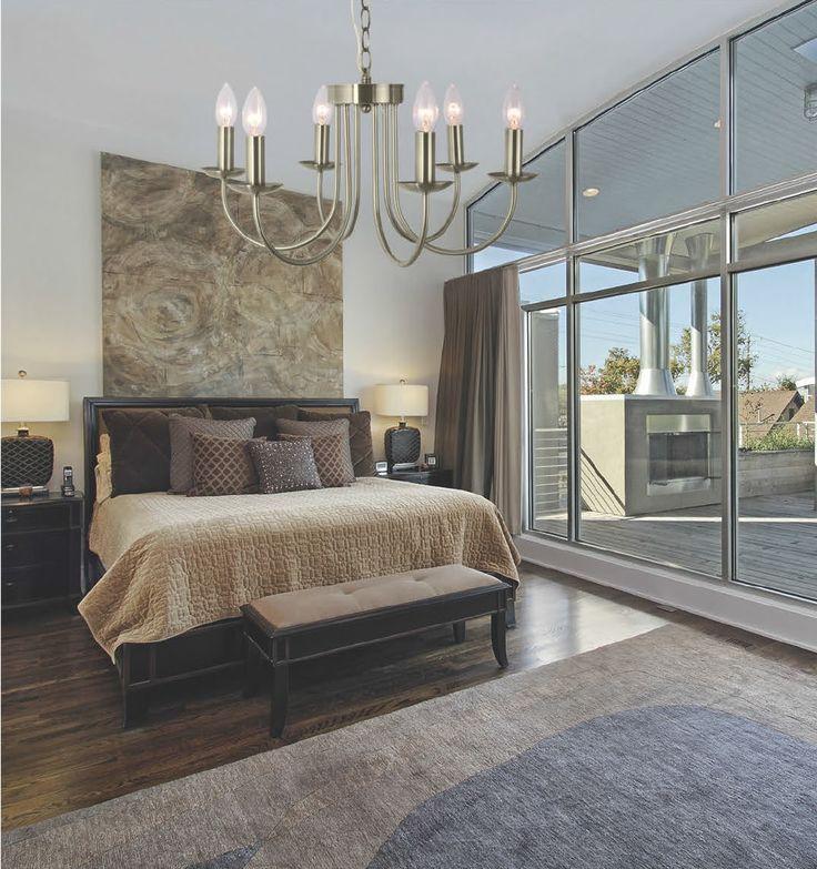 Klasyczny design kolekcji Zuma Line Astoria doskonale wkomponuje się we wnętrza stworzone w klasycznym stylu. Doskonałe wykonanie i dbałość o szczegóły sprawiają że kolekcja Astoria jest unikatem wśród lamp klasycznych.