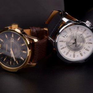Štýlové ručičkové pánske hodinky s koženým remienkom - zlato-čierne ... b9dc93161b2