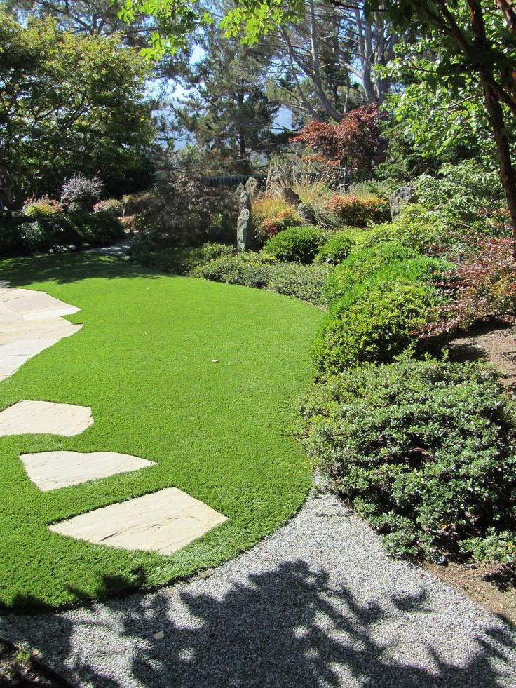 Lawn U0026 Garden:Natural Green Lawn Design To Make Refreshing Ambiance Small  Lawn Backyard Garden Design Using Green Grass Feat Decorative Stone Ideas