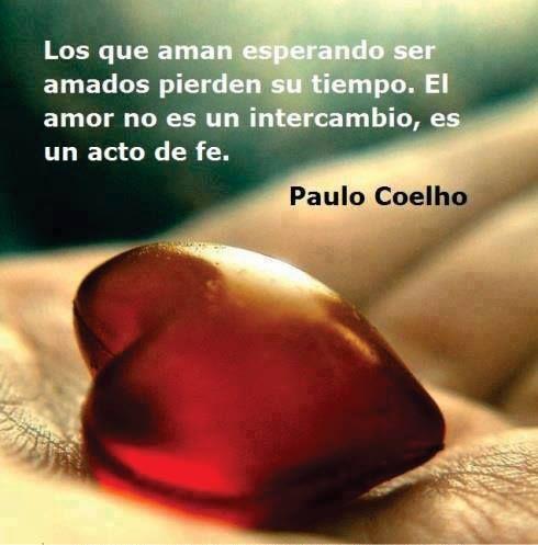 """""""Los que aman esperando ser amados pierden su tiempo. El #Amor no es un intercambio, es un acto de fe."""" #PauloCoelho #Citas #Frases @Candidman"""
