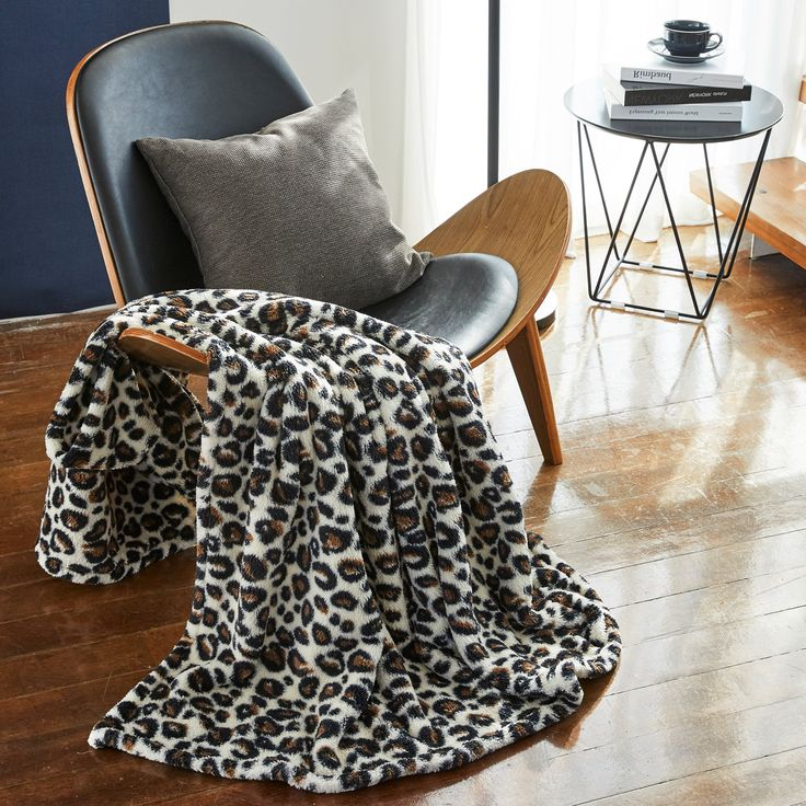 "DETAILS Includes one blanket Material: Microfiber(10mm) Polyester 100% 7 Colors : Leopard(Red & Black, Beige & Brown, Grey & Mint, Yellow), Solid(Beige, Navy, Wine) Size : Throw(50"" x 60"") Made in Korea Description 🥰 Guarantee of Premium Soft Quality✔ Selecting a High-End Quality 10mm Microfiber (Polyester) from Korea which produced using fine threads thinner than 1/100 of the thickness of human hair.✔ It has the advantage of less dirt, being easily dried and unwrinkled, so its shap Luxury Rooms, Body Warmer, Fabric Design, How To Make, How To Wear, Beige, Blanket, Yellow, Brown"