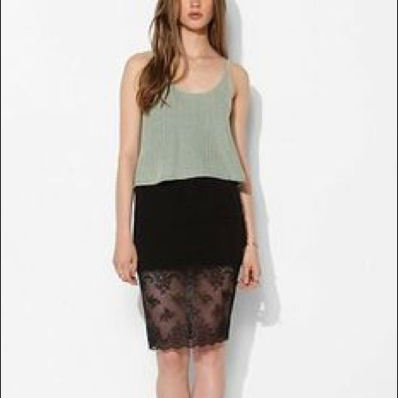 Urban Outfitters Lace Trim Skirt (NWOT) • Jersey pencil skirt with scalloped lace along the hem • Elastic waistband • Never been worn - NWOT • Slight hanger mark from hanging but not noticeable Urban Outfitters Skirts Pencil