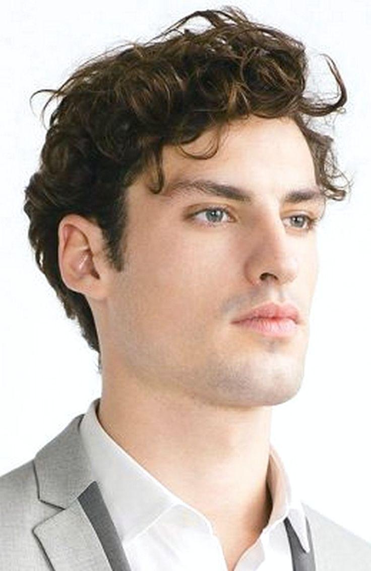 Men'S Wavy Hairstyles 2020 in 2020   Men's curly ...
