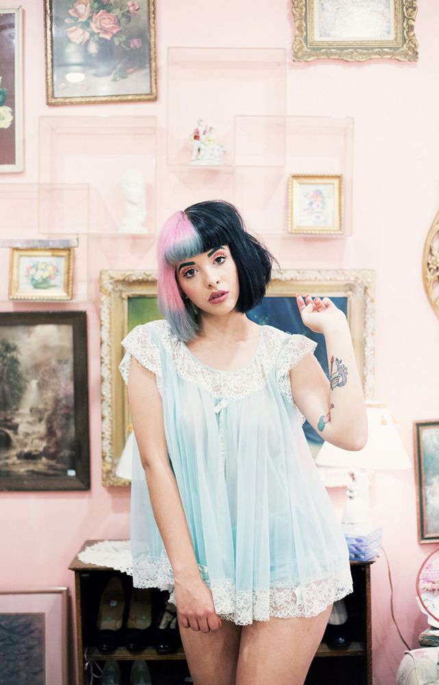 See Melanie Martinez's current playlist in Hot Tracks for October Fanfair