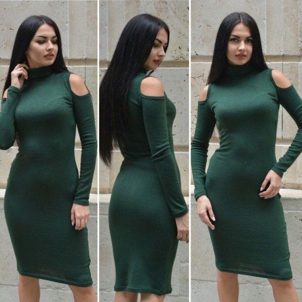 Платья стойка открытые плечи