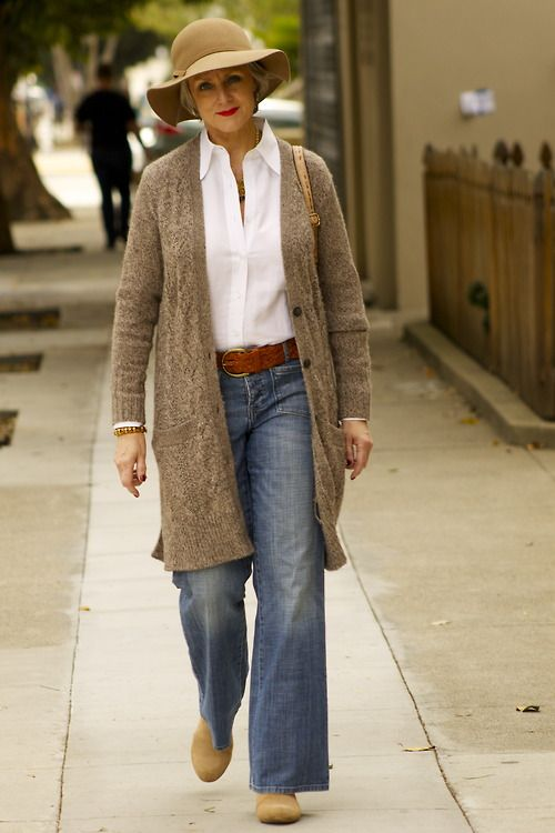 I would do this outfit with slim leg jeans, flairs just look too sloppy