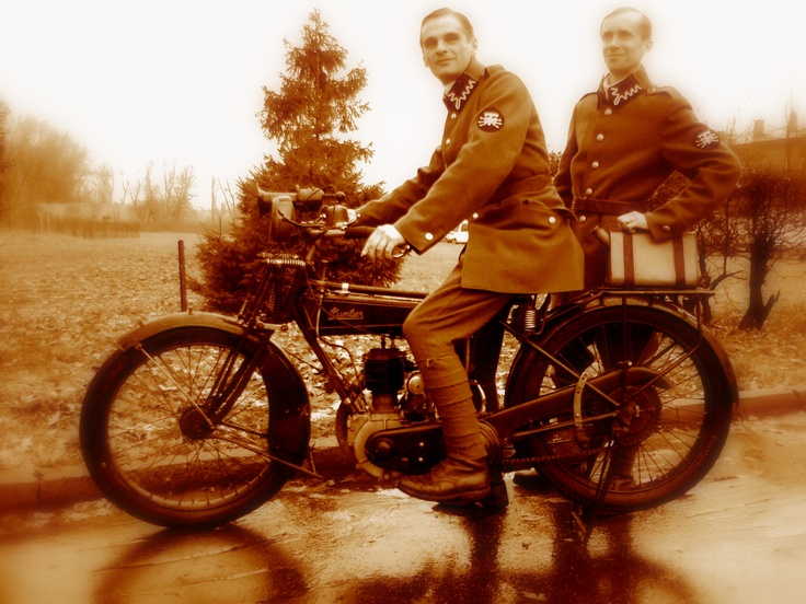 Polish - soviet war 1920. Humber motorcycle produced in 1918.