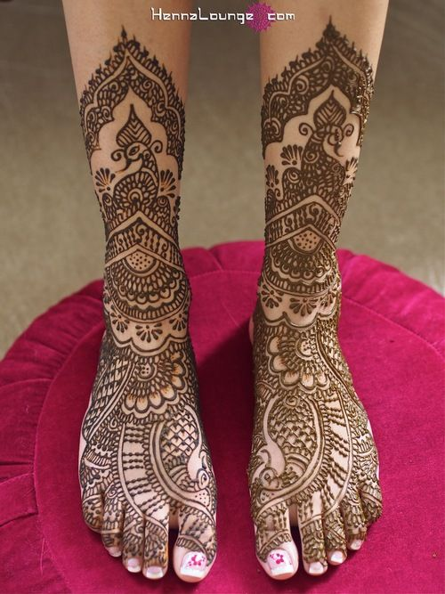 Go bare! Designs by www.hennalounge.com. Master Henna artist Darcy is available travel for your destination wedding events in California, Mexico, Central American and Europe. Henna Lounge makes and uses only 100% natural henna paste. Pricing begins at $125/hour. Contact her at 415-215-6901 or info@hennalounge.com. Indian Weddings Inspirations. http://pinterest.com/HennaLounge/
