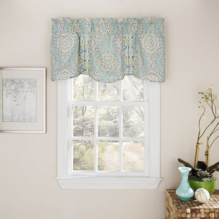 17 Best Ideas About Waverly Valances On Pinterest