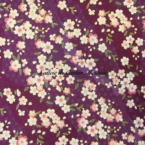 Papier japonais washi -fleurs roses poudré sur fond mauve sérigraphié avec motifs japonais. Nouveauté avril : Origami par nature-de-carton