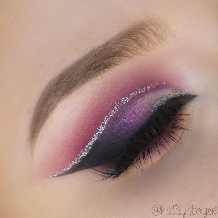 Makeup Geek Eyeshadows in Curfew, Motown, Petal Pusher, Simply Marlena, Hopscotch and Taboo. Look by: Katilyn Boyer
