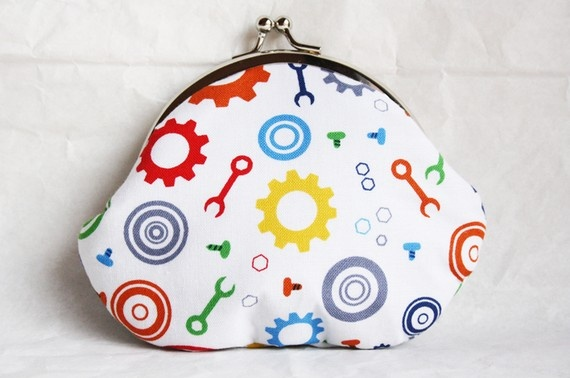 the toolbox small frame purse by onnaBandA on Etsy, €15.00