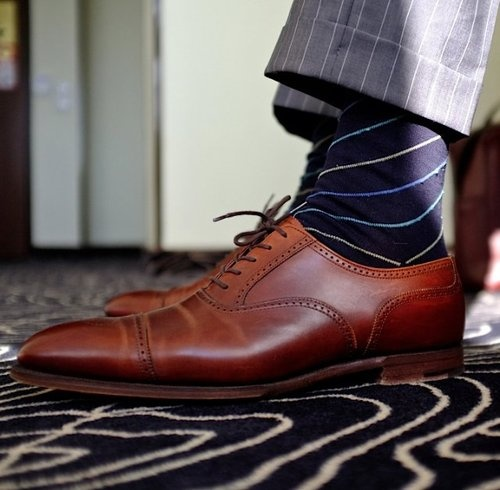 great combo brown shoe blue socks light grey suit