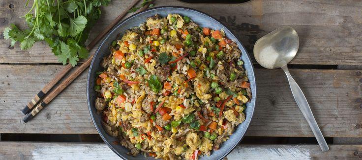Paistettu jauheliha-riisi