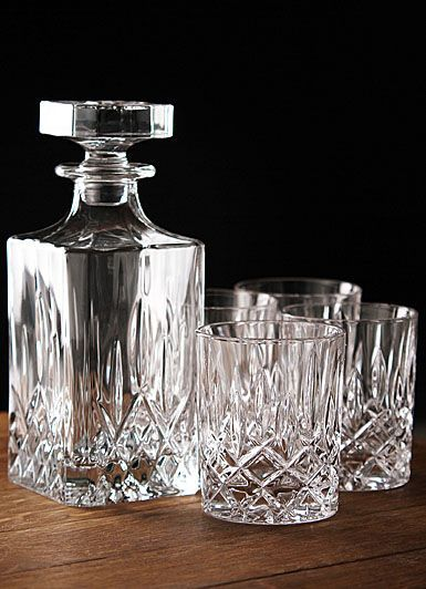 Royal Doulton Square Spirit Decanter Set - Perfect gift for Dad. Image source: crystalclassics.com