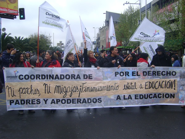 Coordinadora Padres y Apoderados en marcha CONFECH 11/abril/2013
