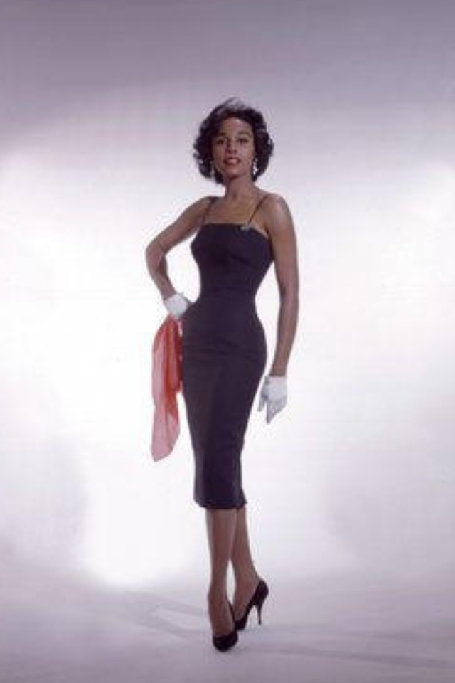 Diahann Carroll Uploaded By www.1stand2ndtimearound.etsy.com