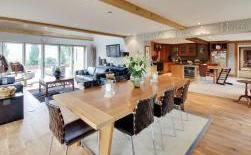 Crowbourne Grange Vast Kitchen Entertainment space