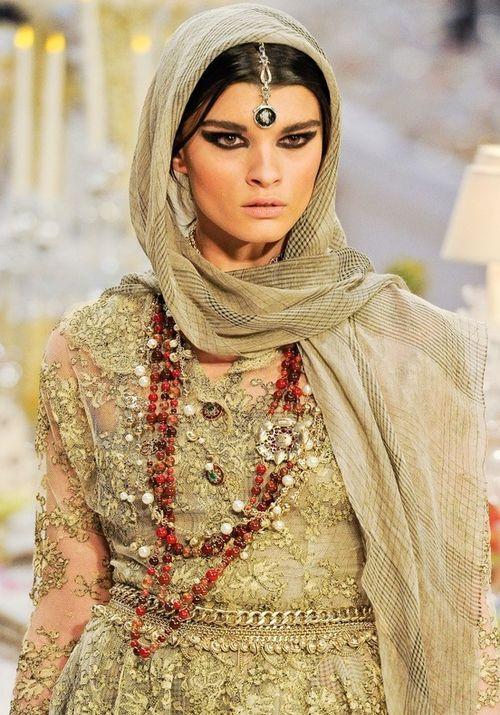 model, makeup, crystal renn, fashion, runway