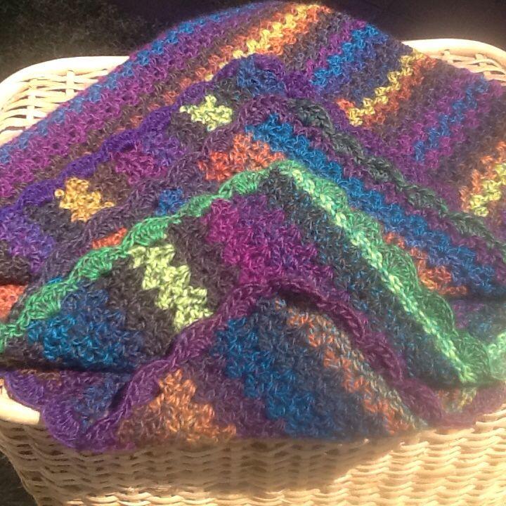 Lap blanket made in Bouvardia yarn for Kogo