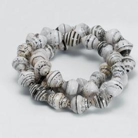 newspaper beads bracelets