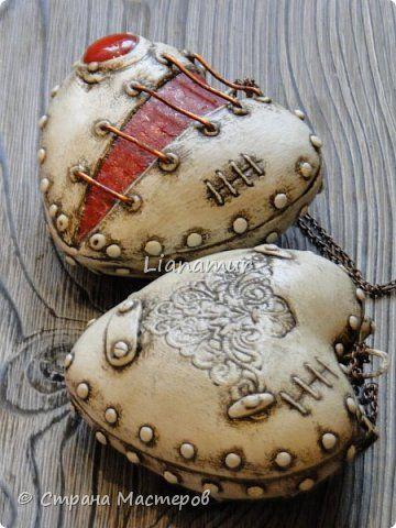 Здравствуйте!!! Яблочки декоративные. Основа папье-маше, сверху лепка из холодного фарфора, вставки стеклышки (марбалсы). Высота 11-13 см. фото 13