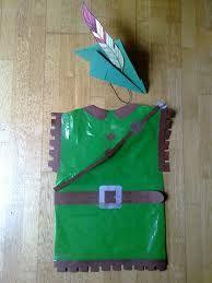disfraces con bolsas - Robin hood disfraz con bolsa de basura verde de multipapel http://www.multipapel.com/producto-Bolsas-de-basura-de-colores-para-disfraces.htm Las enviamos a toda España
