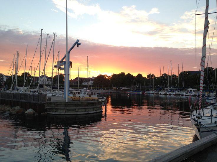 Hellerup havn. En smuk aften.