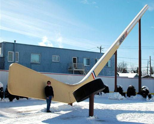 World's largest free-standing hockey stick and puck, Eveleth MN