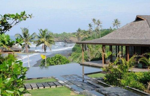 Check out this lovely Bali villa, Villa Bulung Daya  #travel #vacation #holiday #pool #swim #luxury #sun #fun #paradise #love #bali #luxuryvilla #villa luxury yoga retreats