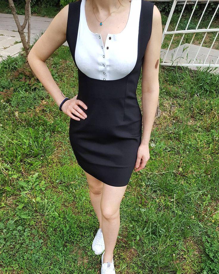 Kızlaaaarrr siyahı da vaaarr  Yazlık siyah çok şık bu elbisemiz SADECE 45 TL  #siyah #yazlık #elbise #benimseçimim #gününkombini #bugunnegiysem #kapıdaödeme #tarz #yenisezon #kampanya #indirim #agathree #instagood #instalike #tagsforlikes