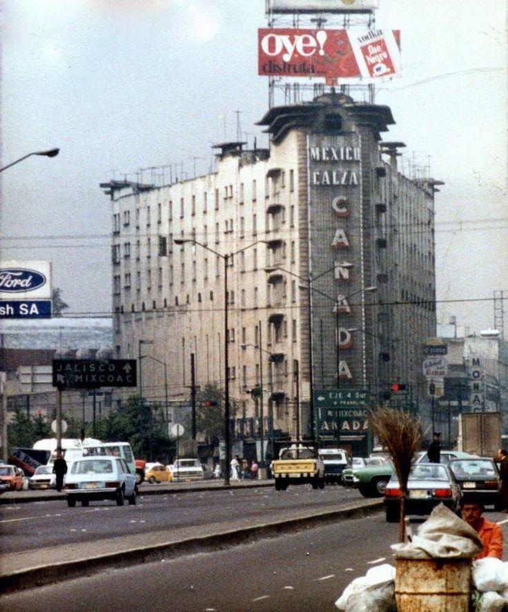 La antigua calzada de Tacubaya, Ciudad de México.-1987