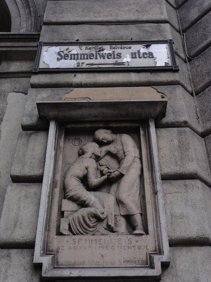 Semmelweis emléktábla