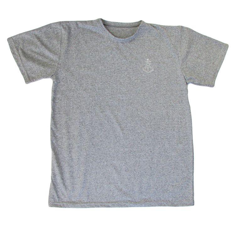 Polera antena Bordada - Franela de algodón Gris deportivo Color gris  Tallas S, M, L, XL  Hola@clubparticular.com
