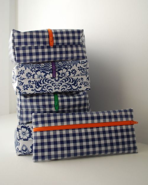 box bags in oilcloth