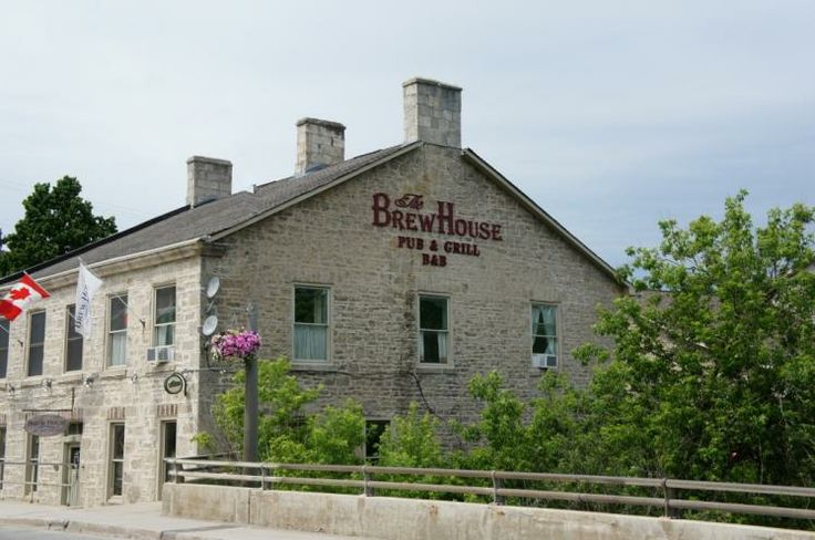 The Brew House Pub and Grill B&B Fergus, Ontario