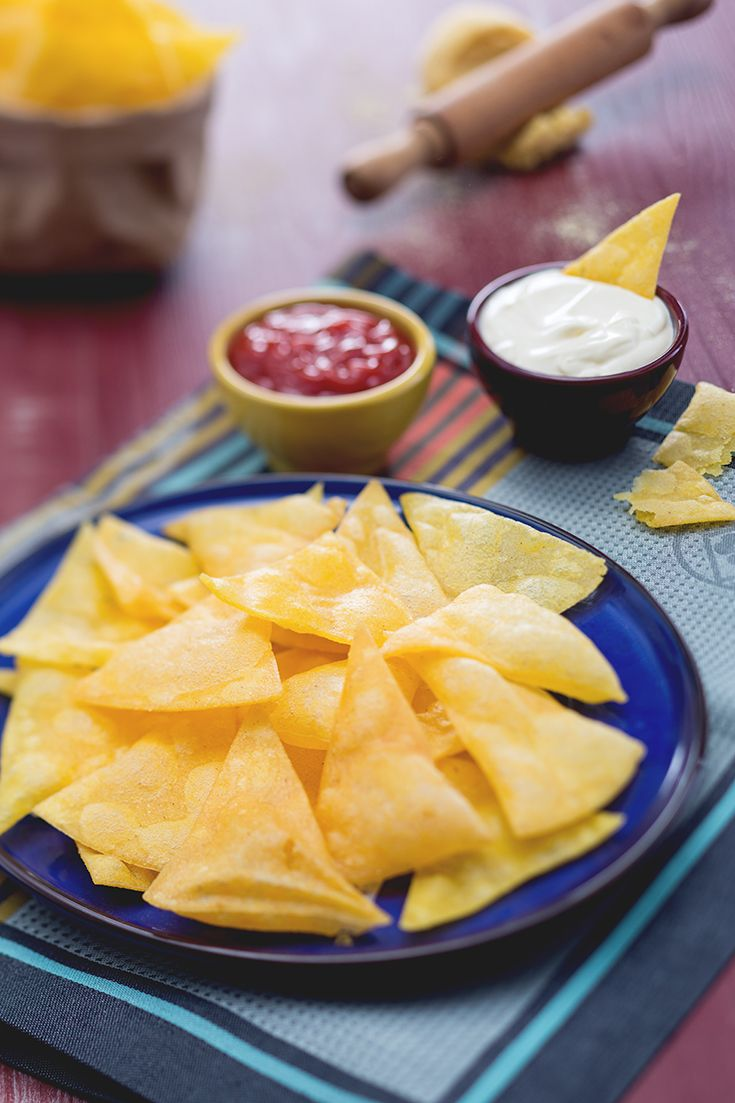 Texmex...le tortilla chips sono l'ideale in moltissime occasioni! Da accompagnare con guacamole o salse speziate magari al peperoncino! ricetta GialloZafferano