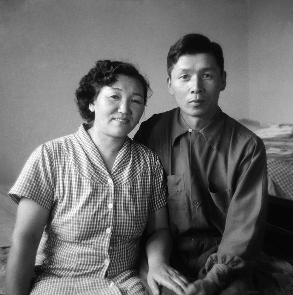 photographer Haruo Ohara and his wife. Japanese-Brazilians. 1950s?