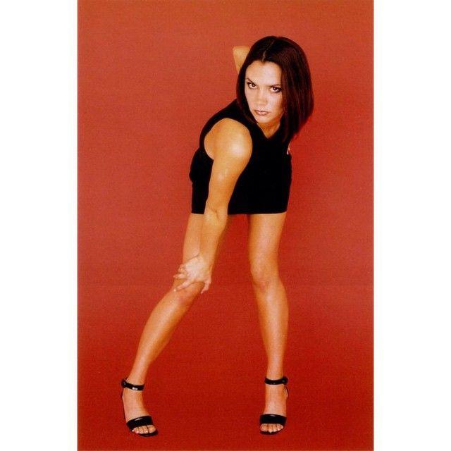 """""""Posh Spice, Spice album photoshoot, 1996 taken in Tokyo, Japan in June, 1996! ✌️❤️ #spicegirls #spice #photoshoot #Posh #VictoriaBeckham #Tokyo…"""""""