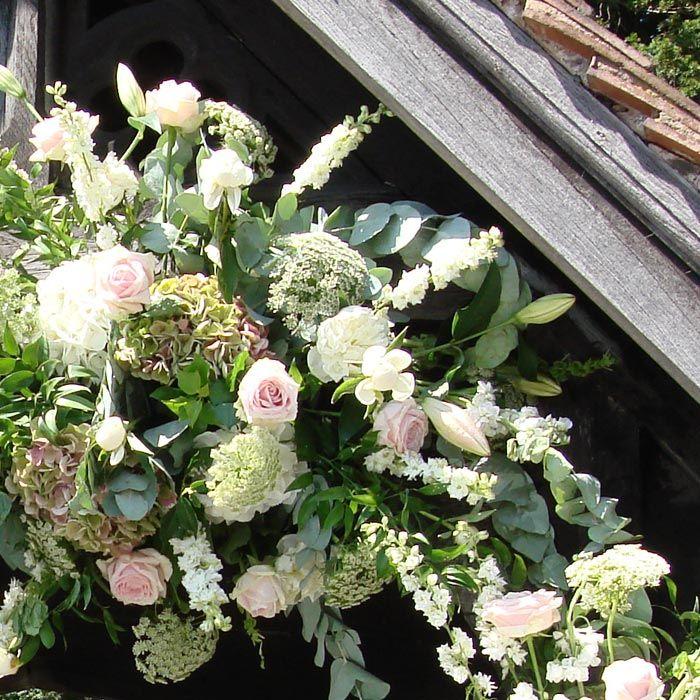 Church Wedding Flower Ideas: 1000+ Ideas About Church Wedding Flowers On Pinterest
